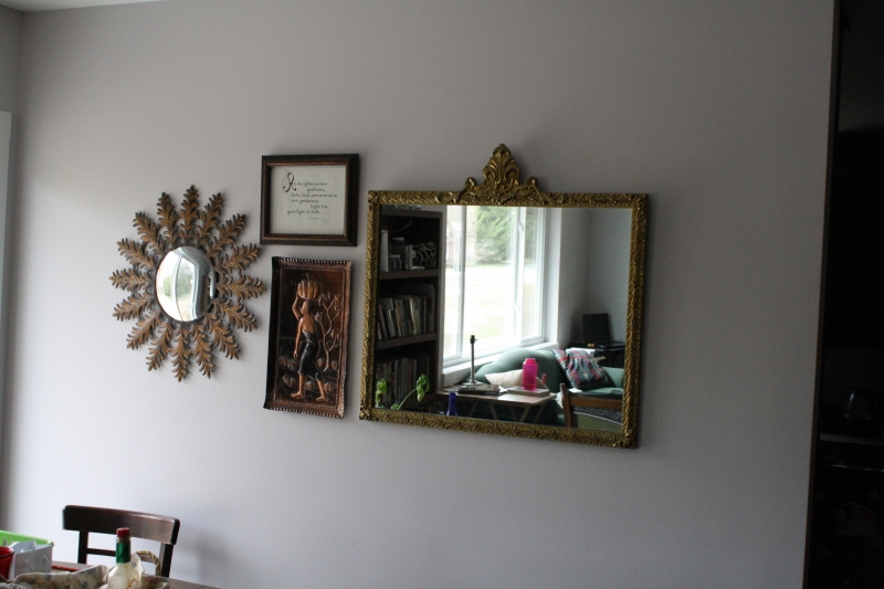 Mirror wall in dining room
