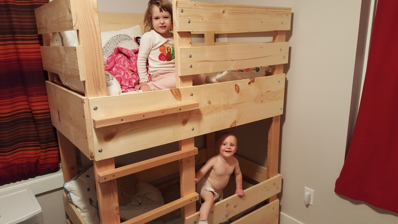 Tirzah Mae and Louis on their new bunk bed