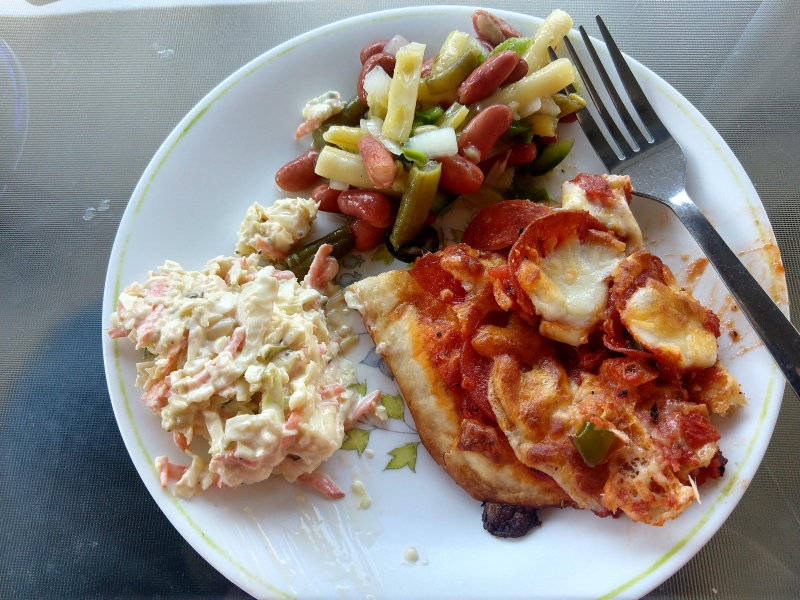 Pizza, 3 bean salad, and coleslaw