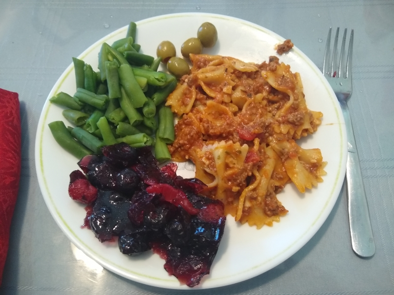Skillet Lasagna, Green Beans, and Berry Delicious Gelatin Salad
