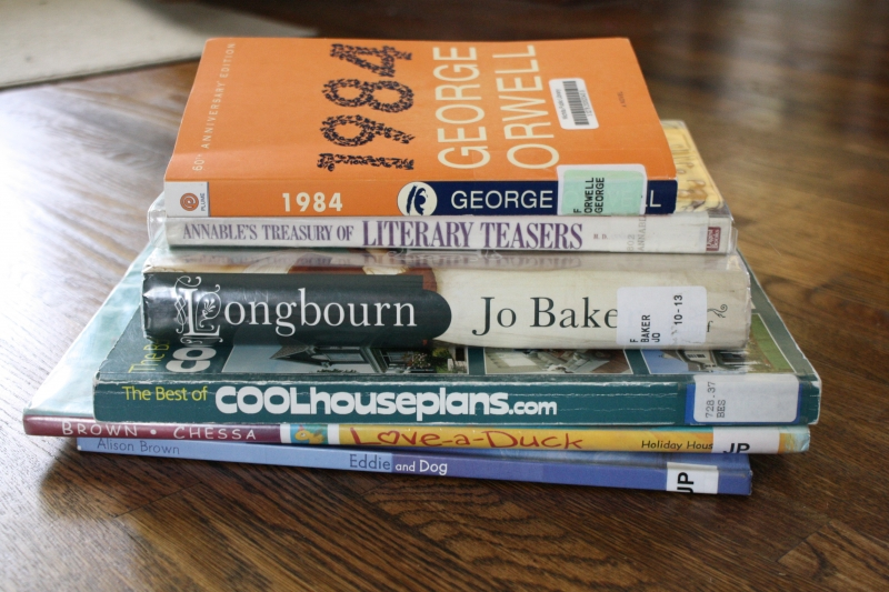 Second stack of library returns