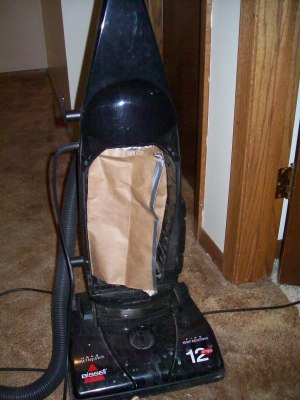 Vacuum cleaner with new bag